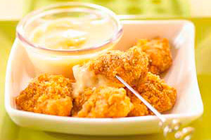 Crispy Chicken Nuggets with Honey-Mustard Dip Image 1