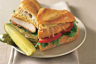 Crispy Chicken Sandwich Image 1