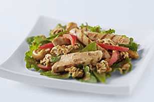 Crunchy Asian Chicken Salad Image 1