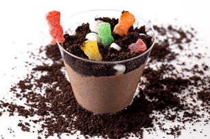 Digging in the Dirt Cups Image 1