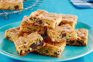 Double-Chocolate Chunk Blondies Image 1