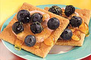 Double-Berry Graham Bites Image 1