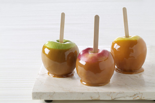 Easy Caramel Apples Image 1