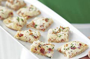 Easy Dressed Up Pizza Bites Image 1