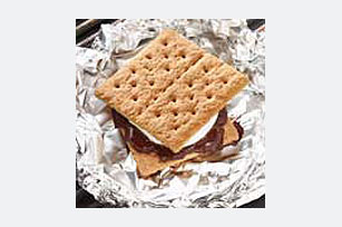 Easy Grilled S'Mores Image 1