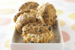 Easy Ice Cream Sandwiches Image 1