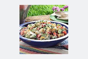 Ensalada de queso, verduras y aguacate Image 1