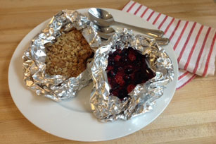 Foil-Packed Berry Crisp Image 1