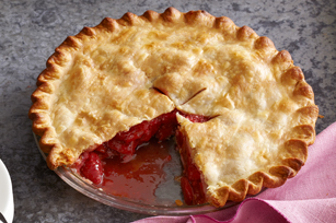 Fresh Strawberry-Rhubarb Pie Image 1
