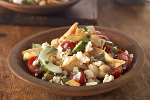 Fresh Tomato & Pita Salad