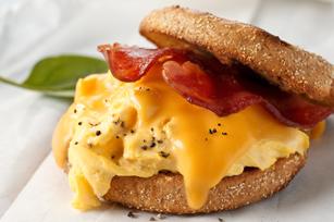 Sándwich de desayuno para llevar