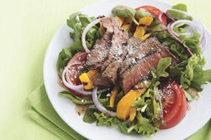Grilled Balsamic Steak Salad Image 1