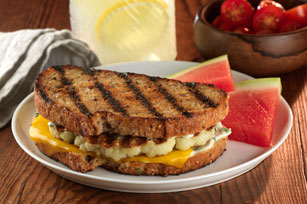 "Grilled Cauliflower ""Steak"" Sandwich Image 1"
