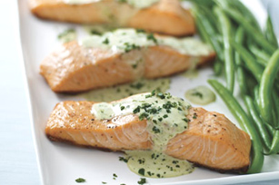 Grilled Salmon with Creamy Pesto Sauce Image 1