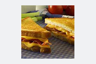 Bacon-Tomato Grilled Cheese Grill