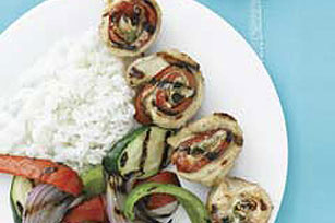 Grilled Chicken Rolls with Spicy Sauce