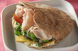 Heart-Shaped Pita Sandwich Image 1