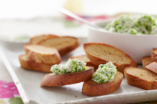 Herbed Sweet Pea Crostini