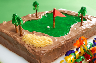 Hole-in-One Cake Image 1