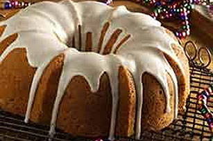 Holiday Gift Cake Image 1