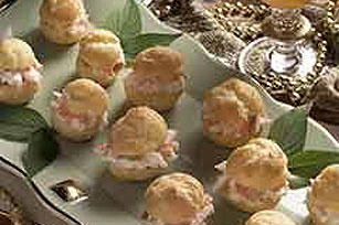 Hot Crabmeat Puffs Image 1