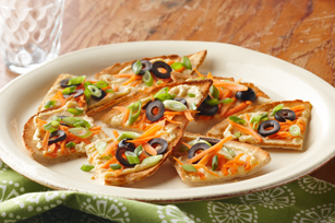Hummus & Vegetable Pita Toasts Image 1