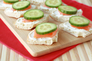 HUNGRY GIRL's Salmon & Cucumber Bagel Bites Image 1