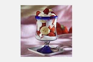 Irapuato Strawberries and Cream Dessert