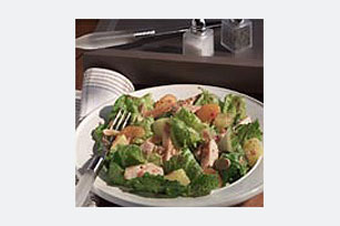 Italian Chicken & Fruit Salad Image 1