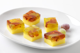 Reduced-Sugar Layered Lemon-Grape Bites Image 1