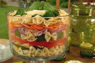Salade de pâtes primavera étagée Image 1