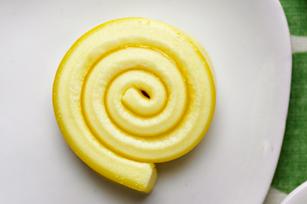 Lemon-Marshmallow Pinwheels Image 1