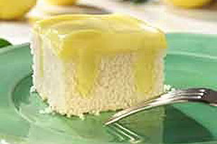 Lemon Pudding Poke Cake Image 1