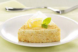 Low-Fat Lemon Souffle Cheesecake Image 1