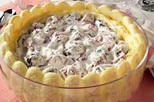 Low-Fat Triple Berry Pudding Dessert Image 1