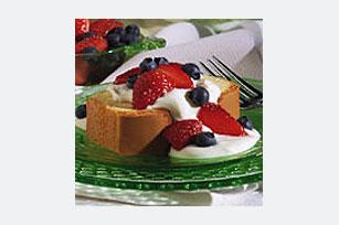 Exquisito pastel de bayas con crema Image 1