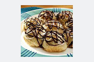 Marshmallow-Cookie Sticky Buns Image 1