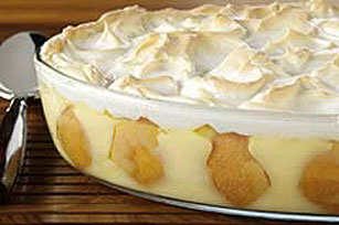 Meringue-Topped Southern Banana Pudding Image 1