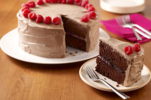 Chocolate Raspberry-Layered Cake