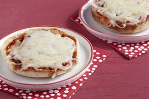 English Muffin Pizzas Image 1