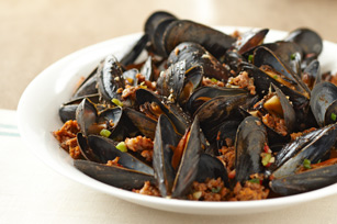 Mussels with Italian Sausage
