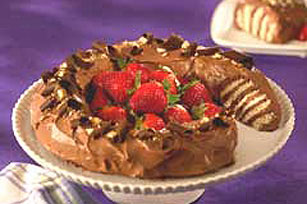Chocolate Peanut Butter No-Bake Cake Image 1