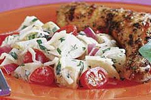 Ensalada cremosa con queso Image 1