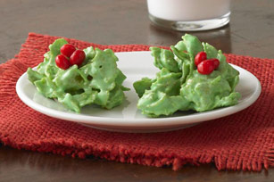 No-Bake Holly Cookies Image 1