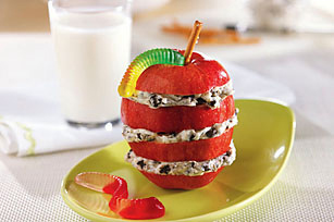 OREO-Apple Snack Stacks