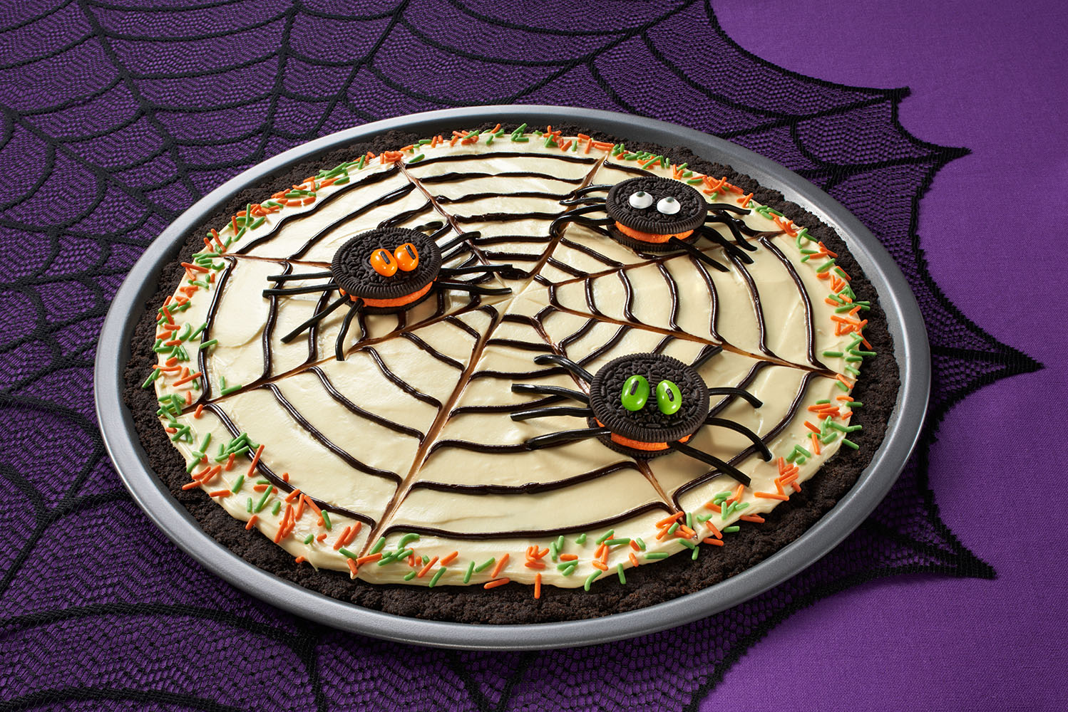 OREO Spider Web Cookie Pizza Image 1