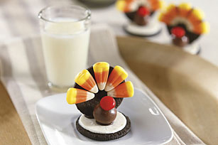 Chocolate Cookie Turkeys Image 1