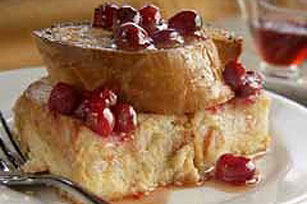 oven-baked-french-toast-cranberry-maple-sauce-54241 Image 1