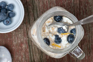 Overnight Blueberry-Honey-Lemon Oatmeal
