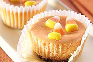 PHILADELPHIA® 3-STEP® Mini Cheesecake Jack-o'-Lanterns